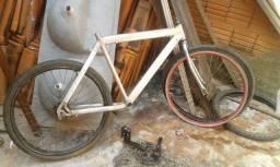 Vendo quadro alumínio e rodas