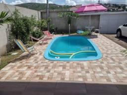 Título do anúncio: alugo uma linda casa com piscina  em gravata pe  só temporada
