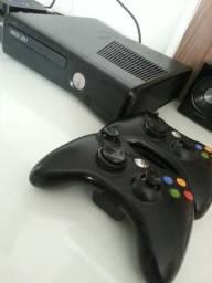 Xbox usado em perfeito funcionamento