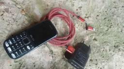 Celular e Cartão de memória 16 Gig e Carregador Que pega em Yphone e em celular normal
