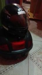 Bauleto e o capacete
