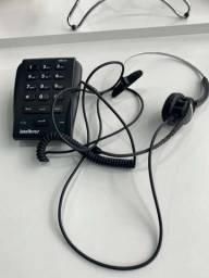 Telefone Headset Intelbras HSB20 com aparelho e protetor de orelha