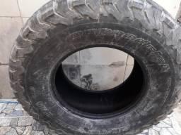 Vendo dois pneus meia vida BFGoodrich ALL-Terrain T/A 315/70/17