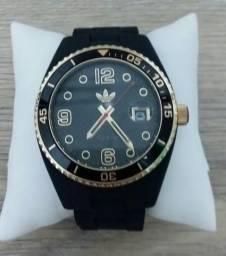32df0e210dd Relógio adidas originals preto com dourado