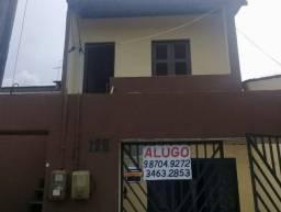 Alugam-se 2 casas independentes na rua 12 Conjunto Industrial