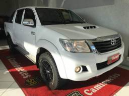 Toyota Hilux CD 4X4 SRV MANUAL - 2014