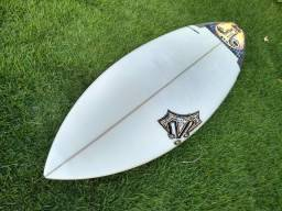"Prancha de surf Reis 5'8"" 30litros"