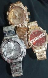 Relógio masculino modelo grande