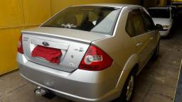 Ford fiesta 1.6  sedan 2008