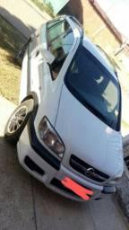 Carro Safira 2012