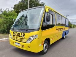 Micro-ônibus MB Comil Piá Rodoviário 2010/2011