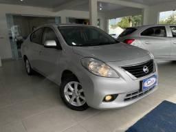Título do anúncio: Nissan Versa SL 1.6 16V Flex Fuel 4p Mec.