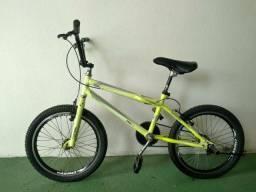 Bike de cross profissional, aro 20.