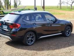 Título do anúncio: BMW X1 Xline 20i 2015 novíssima baixo km com teto panorâmico