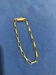 Título do anúncio: Pulseira de Moeda antiga modelo Cartier banhada a Ouro