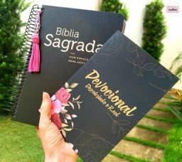 Título do anúncio: Kit Bíblia Sagrada Anote com tassel + Livro Devocional Descobrindo