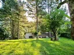 Título do anúncio: Casa com 3 dormitórios à venda, 212 m² por R$ 970.000,00 - Iucas - Teresópolis/RJ