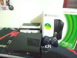 Xbox 360 ESTADO DE NOVO Travado