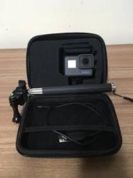 GoPro Hero 5 + Case + Bastão Selfie