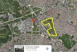 Vende Área na Av. Recife 540.000m² com estudo para edificação