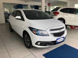 Chevrolet Onix 1.4 MT LTZ - 2014