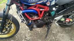 Yamaha FZ6 wheeling - 2010