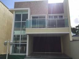 Casa em Condomínio - bairro Lagoa Redonda- 3 suites + Dependência completa