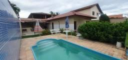 Aluga se Casa com piscina para temporada,fins de semana ,feriados em Piúma Es