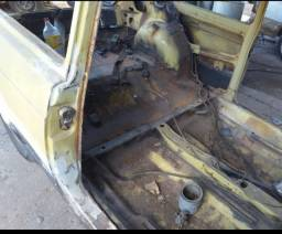 Fiat 147 em restauraçao