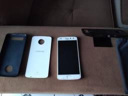 Vendo celular moto z 2 play e projetor