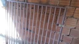 2 portões novo portões nunca usado