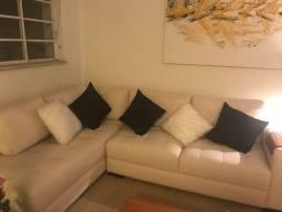 Sofá com chaise - 4 lugares