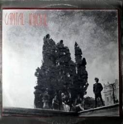 Título do anúncio: Capital Inicial (Música Urbana - 1° Álbum da Banda) - 1986 - Disco de Vinil LP