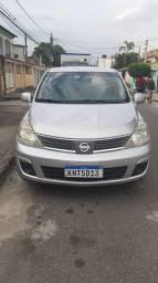 Nissan tiida prata