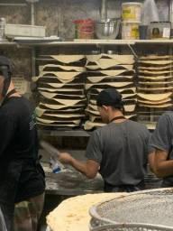 Auxiliar de pizzaiolo carteira assinada