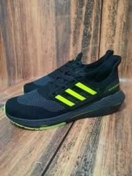 Título do anúncio: Tênis Adidas Ultra Boost 1° Linha Preto/Verde