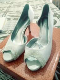 Vendo sapato off white (tam 36)