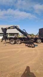 Título do anúncio: Caminhão com munck 2011 bitruck ar condicionado de fábrica