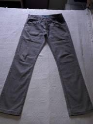 Título do anúncio: Jeans de marca Siberian
