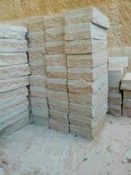 Pedra Alicerce, pedra de muro, Pedra arenito
