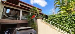 Casa com lote de 400 m2 no bairro Vila Bretas
