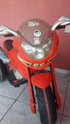 Vendo uma moto elétrica 12volte