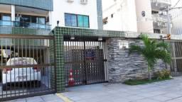 Apartamento com 03 quartos, suíte e elevador