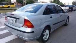 Ford Focus Sedan GLX 2.0 16V AUT 2004/2004 - 2004