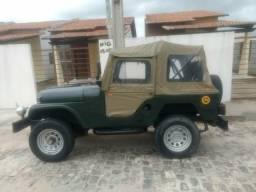 Vendo jeep Willys sem tração 4x4