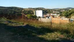 Amplos terrenos na Rua das Palhas em Paraíba do Sul-RJ