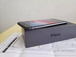 Vendo iphone 8 plus 64gb na caixa