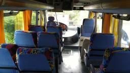 Micro ônibus neubus 2005