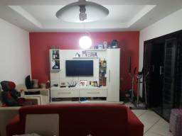 Casa reformada com 03 quartos, no Planalto Uruguai, Financiável, aceita veículos!