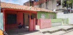Casas em Prazeres ao lado das estações de metrô Monte Guararapes e Metrô Prazeres